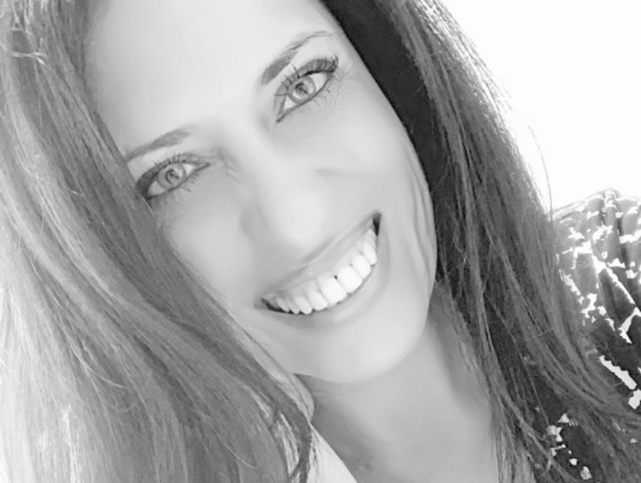 """""""Un directivo que no gestione correctamente sus emociones, herirá a la empresa que dirija."""" Entrevista con Emma Trilles. Psicóloga & LifeCoach"""